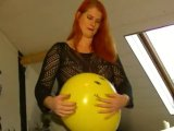Amateurvideo Ballon Fetish 2 von TittenCindy