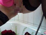 Amateurvideo Wahnsinn!Mega viel gepisst mit MelissaDeluxe von susi191